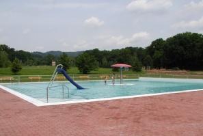 Dětský bazén s atrakcemi